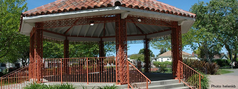 gazebo_flickr_helenkb_website